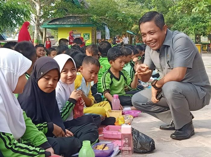 Ketua DPRD Siak Himbau Orang Tua Intens Komunikasi Aktifitas Anak di Luar Rumah
