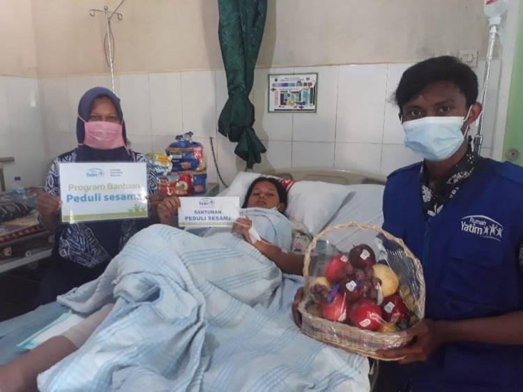 Bantuan Rumah Yatim Riau untuk Mutiara, Korban Kecelakaan Lalu Lintas