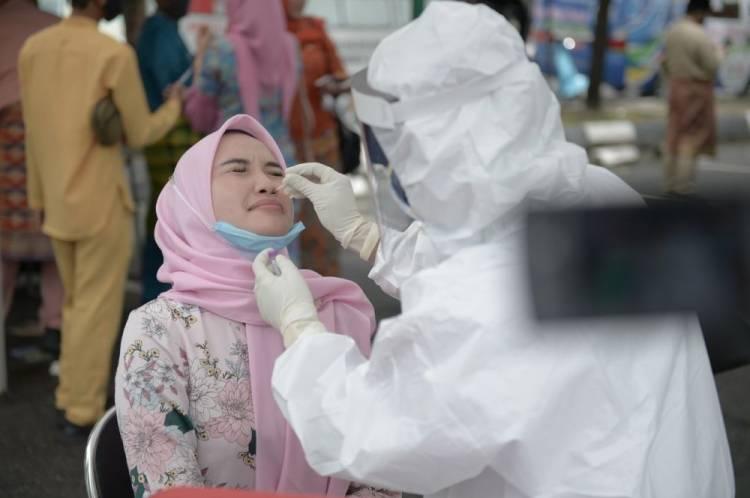 Kasus Covid-19 di Riau Capai 30.027 Orang