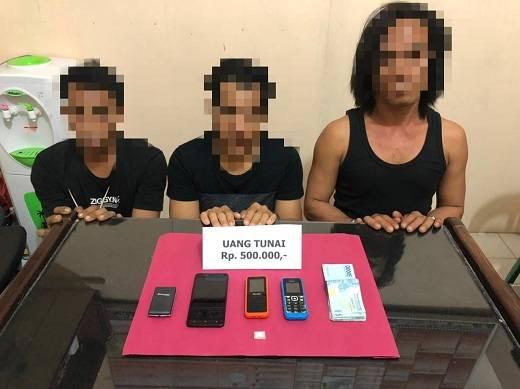Polisi Inhil Bekuk Tiga Pengedar Sabu di Kempas