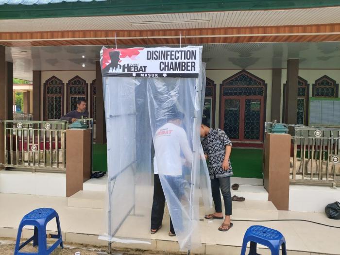 Cegah Covid 19 di Dumai, Hendri Sandra Sediakan Bilik Semprot untuk Masjid