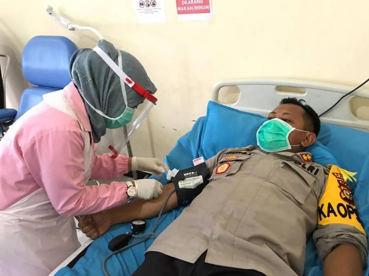 Gandeng RSUD Meranti, Kapolres Lakukan Donor Darah bersama Anggota