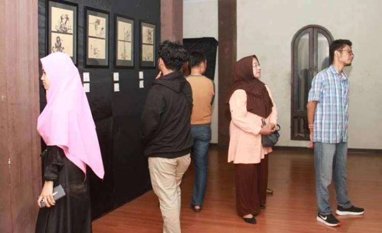 Galeri Hang Nadim Lelang Lukisan Bantu Seniman Saat Pandemi Corona