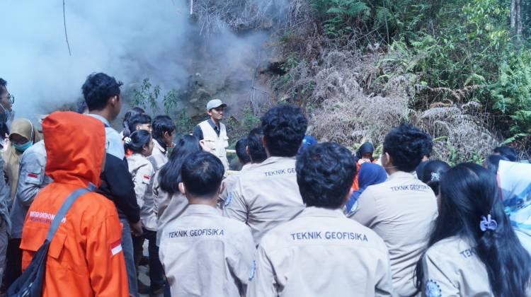 Kerap Magang Industri, Mahasiswa Universitas Pertamina Juara Riset