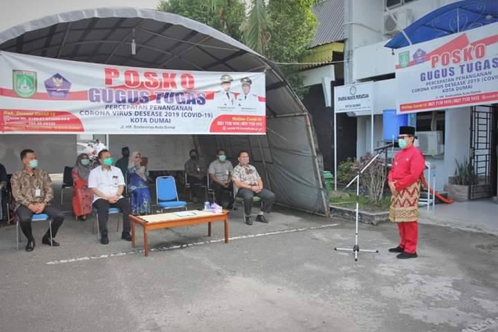 Ketua Gugus Covid 19 Dumai Terima Bantuan Rp20 Juta dari Bank Riau - Kepri