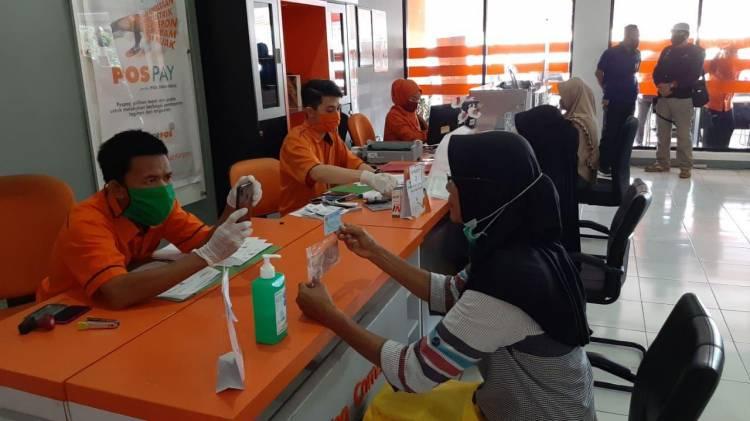253.000 KK di Riau Sudah Terima Bansos Pusat
