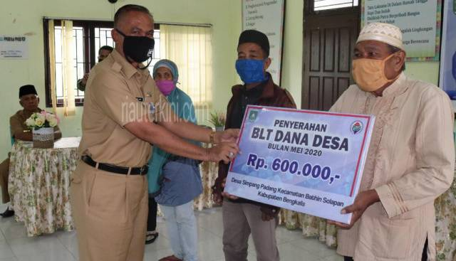 136 Desa di Bengkalis Terima BLTDD Tahap Pertama