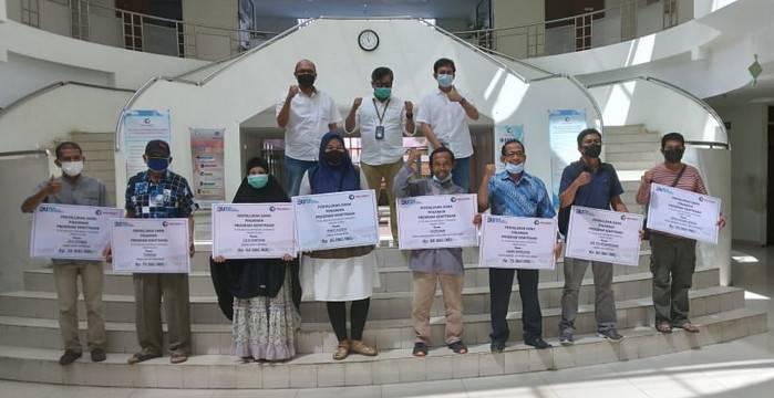 Ditengah Pandemi Covid -19, Pelindo 1 Cabang Dumai Salurkan Dana Program Kemitraan untuk 12 Pelaku UMKM