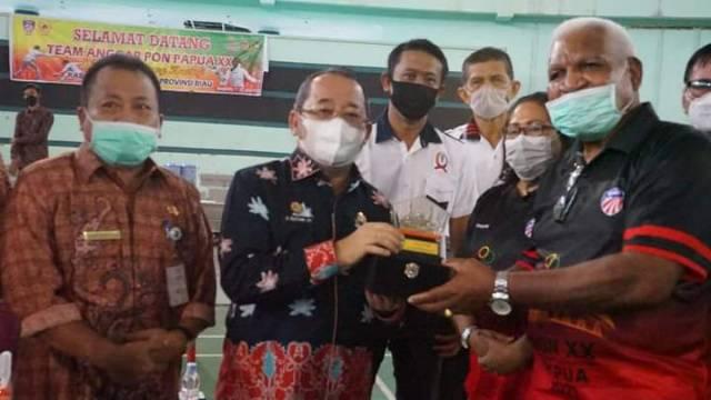 Jelang PON XX, Atlet Anggar Papua Ujicoba Tanding ke Bengkalis