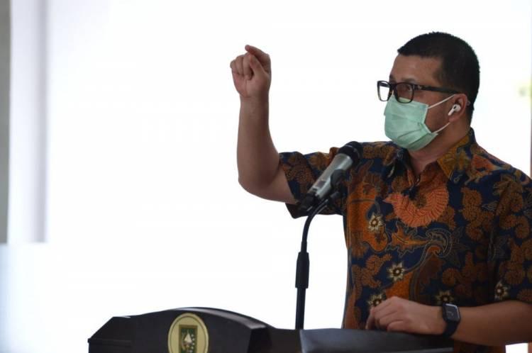 Satgas Covid-19 Riau Dukung Layanan Antar Jemput Lansia untuk Divaksin