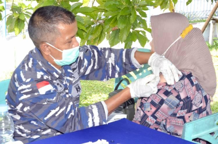 TNI AL Gelar Serbuan Vaksin Tahap Dua, Sasaran Warga Maritim di Dumai