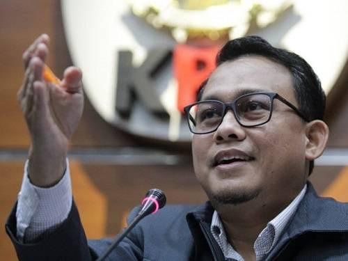 KPK Periksa Kadis dan Mantan Kadis LHK Riau