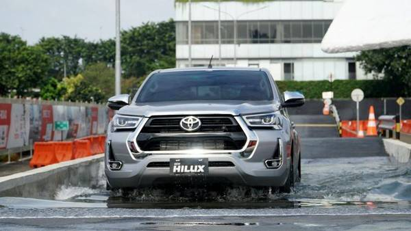 Toyota Klaim Penjualan Mobil Global Pulih Lagi