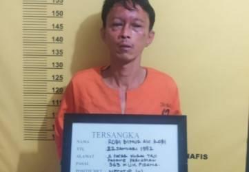 Maling Kotak Infak Mushola di Pekanbaru Dihajar Massa