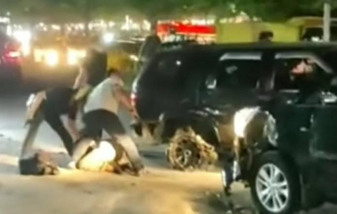 Viral, Polisi Pekanbaru Ringkus Dua Bandar Sabu di Jalan