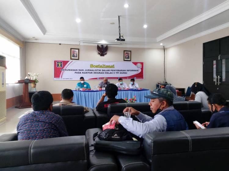Imigrasi Dumai Jalin Sosialisasi Melalui Informasi dengan Awak Media