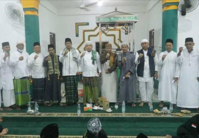 Wabup Siak Husni Merza Shubuh Berjamaah di Masjid Al Huda Kampung Dalam