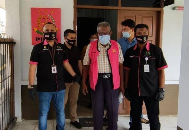 Tersangka Korupsi Anggaran BBM, Mantan Pegawai PU Pelalawan Ditahan